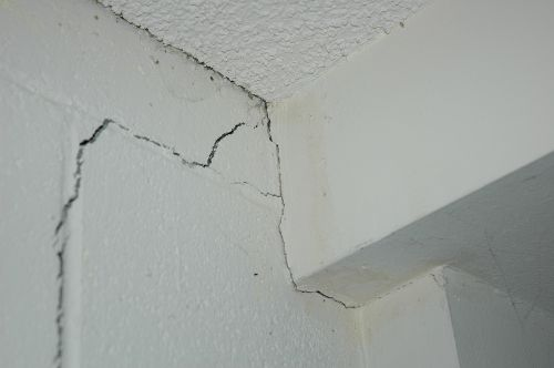 Technical Note 20 Stopping Cracks Amp Crazing In Masonry